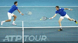 Nicolas Mahut (right) and Edouard Roger-Vasselin (left) finish this year's ATP Cup with a 2-0 team record.