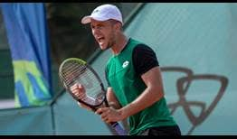 Enzo Couacaud celebrates his first ATP Challenger Tour title since 2018, prevailing in Gran Canaria.