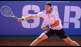Fifth seed Jan-Lennard Struff beats qualifier Liam Broady on Wednesday for a place in the Cagliari quarter-finals.