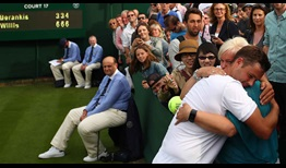 willis-wimbledon-2016-monday1-mother