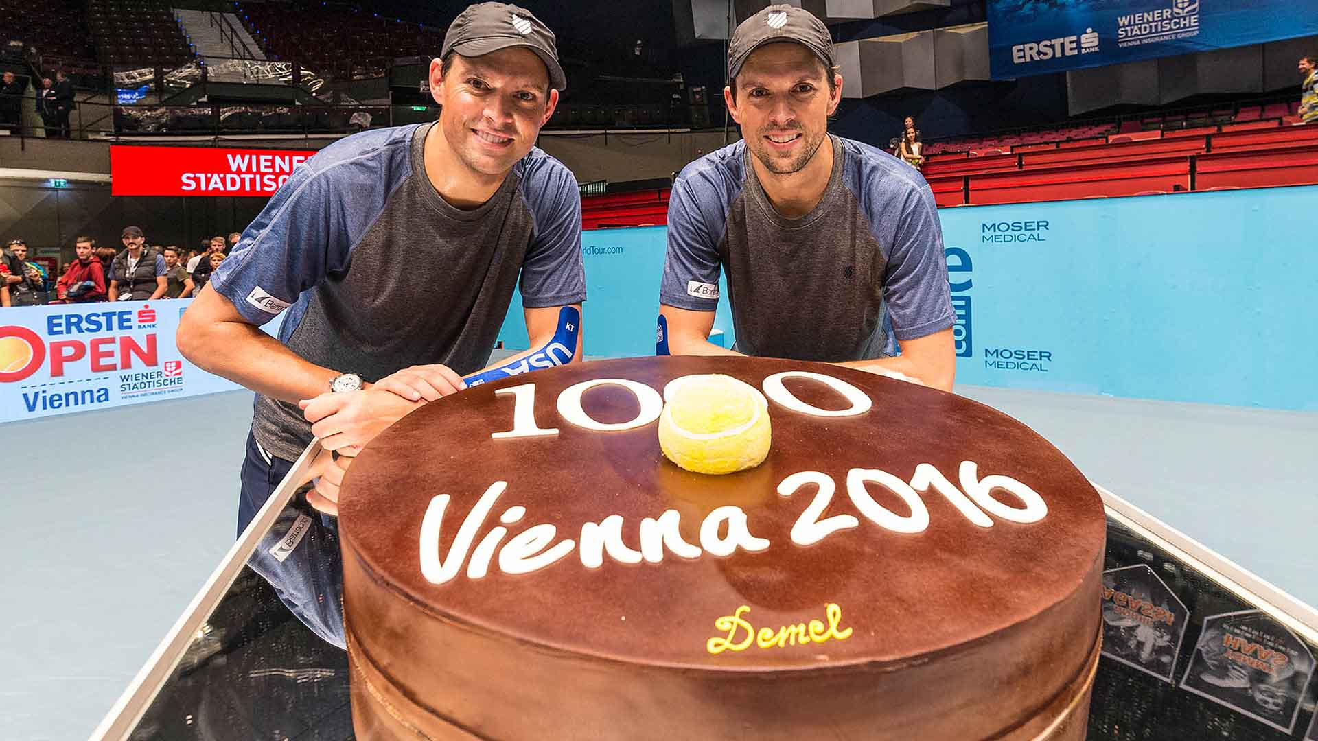 Bryans Vienna 2016 Friday 1000 Cake