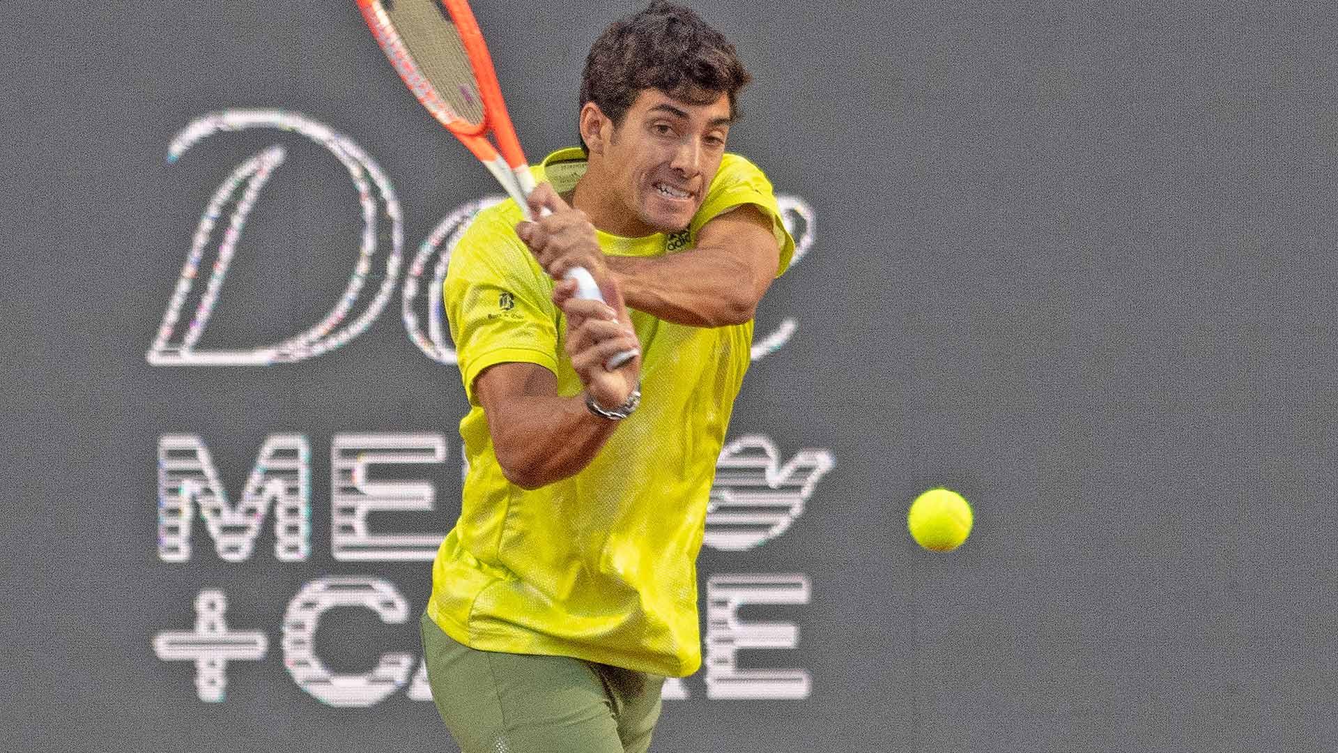 Santiago Native Cristian Garin Bests Facundo Bagnis To Win Home Title Atp Tour Tennis
