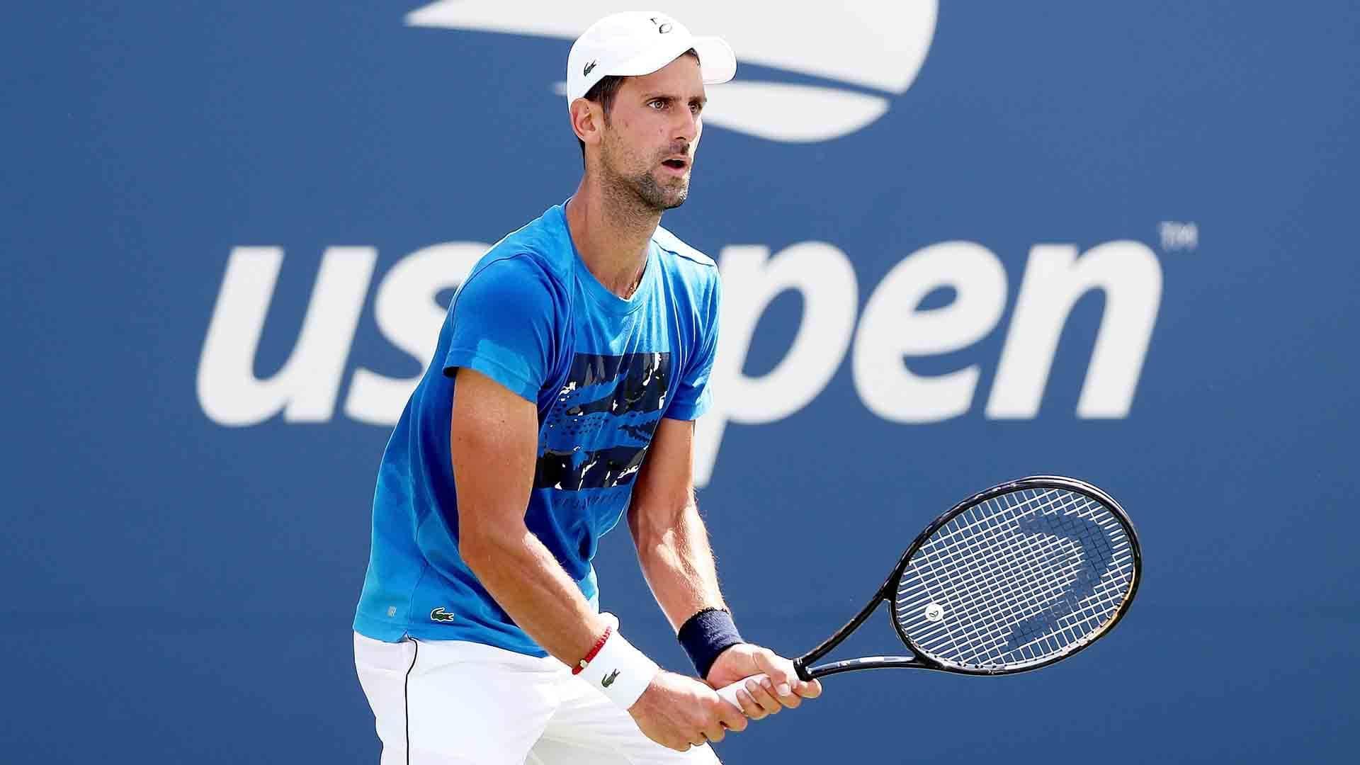 Novak Djokovic Roger Federer Headline Day 1 At Us Open Atp Tour Tennis