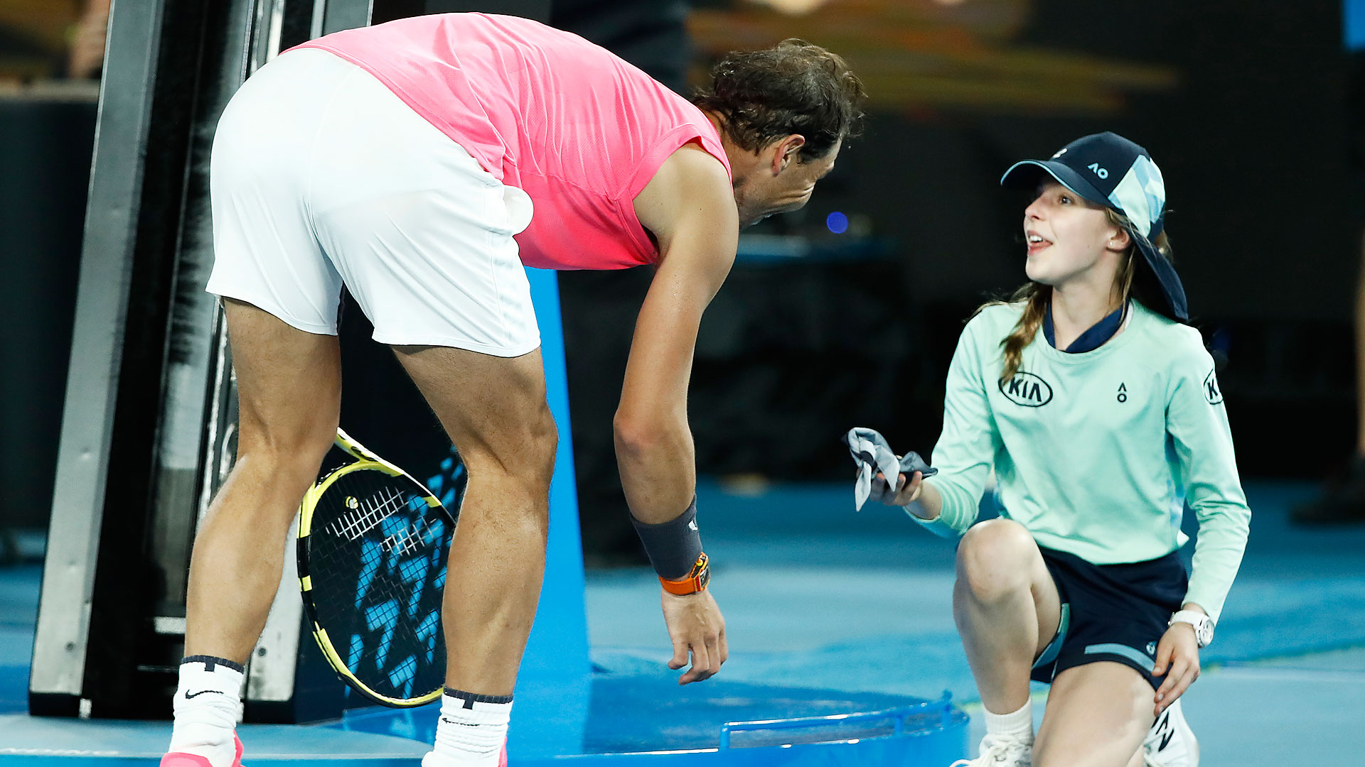 Sealed With A Kiss Nadal S Scary Moment 2020 Australian Open Second Round Atp Tour Tennis