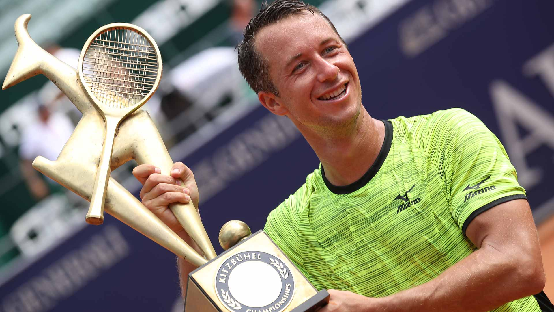 V dalším průběhu turnaje neztratil set. V semifinále vyřadil nasazenou  dvojku Fogniniho a ve finále si poradil se Sousou. bd12c76422efb
