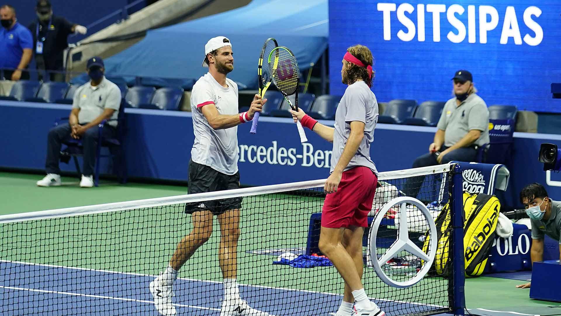 De Espectador A Jugador Tsitsipas Cumplio Un Sueno En El Arthure Ashe Atp Tour Tenis