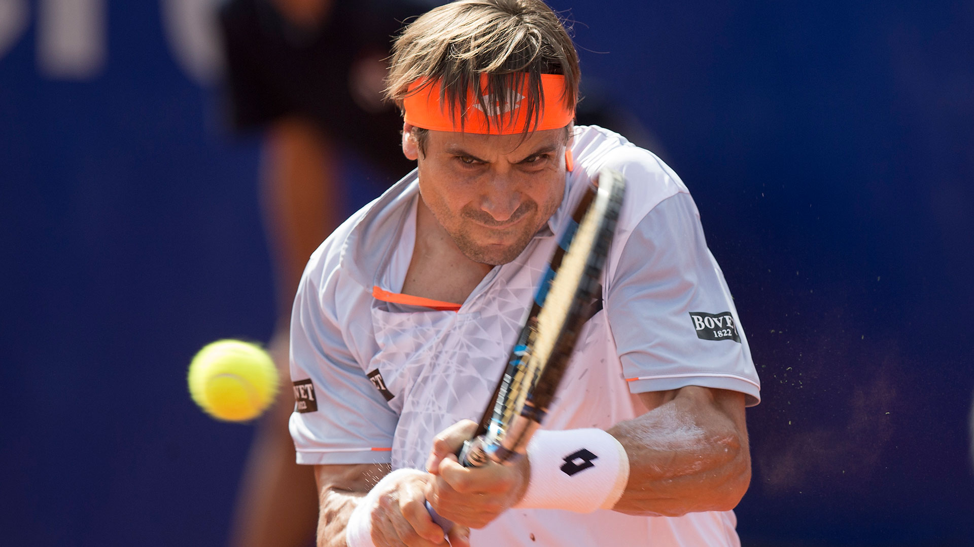 Ferrer hits a backhand in Buenos Aires