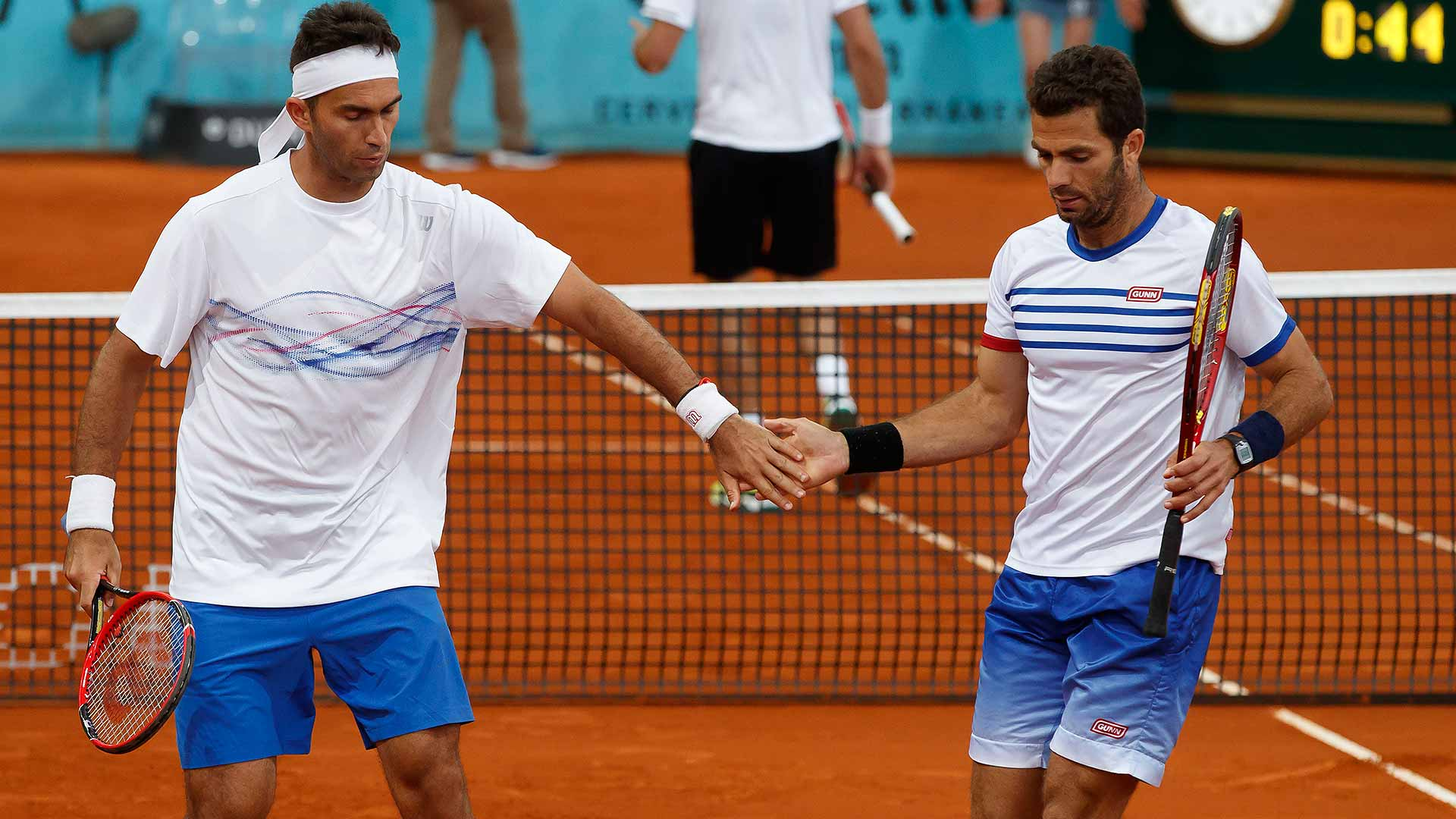 Horia Tecau and Jean-Julien Rojer will face top seeds Pierre-Hugues Herbert and Nicolas Mahut.