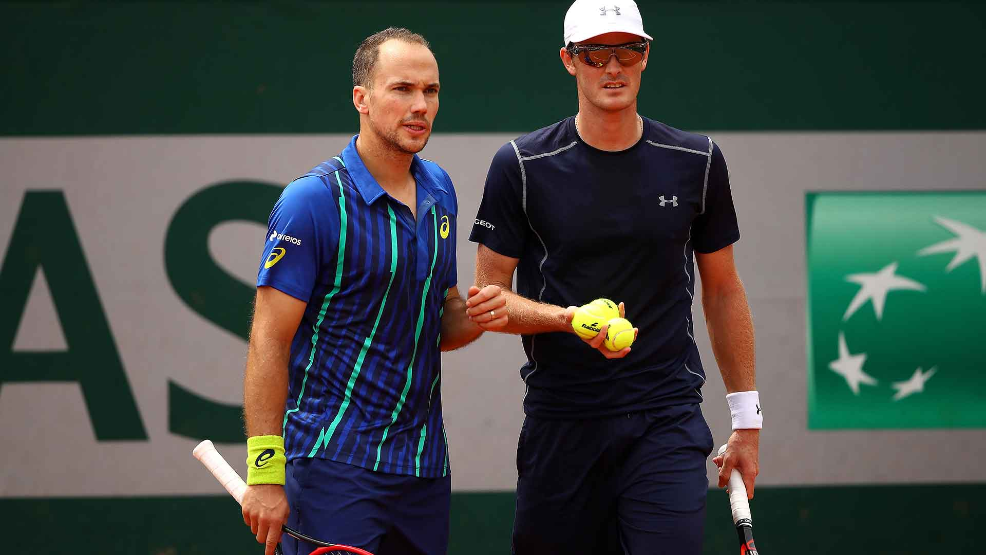 Bruno Soares and Jamie Murray aim to win their second consecutive Grand Slam event.