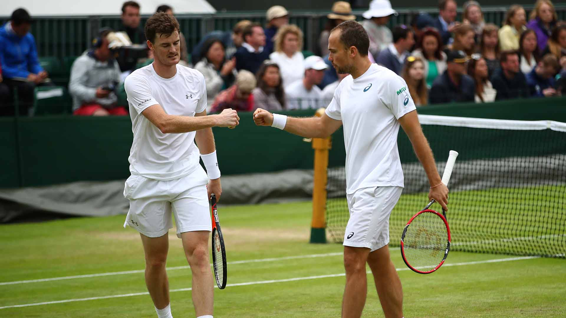 Jamie Murray and Bruno Soares are still in contention for their first Wimbledon title.