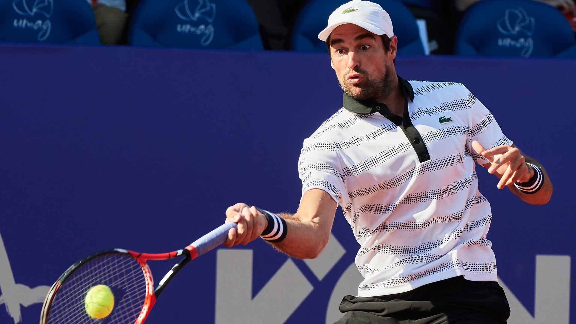 Jeremy Chardy wasted no time advancing to the quarter-finals on Wednesday in Umag.